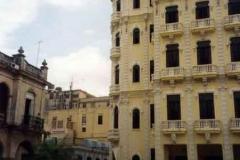L_Avana---Plaza-Vieja-1_web_